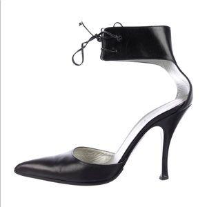 Gucci shoes size 7B
